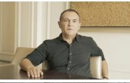 От кои партии ще дръпне партията на обвинения в 18 престъпления хазартен олигарх Васил Божков?! Черепа помага на Борисов.