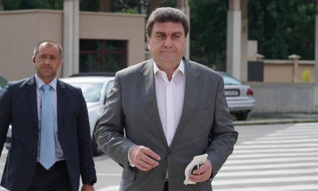 Прокуратурата дълго разпитва Валентин Златев. Той отказа да коментира за какво.