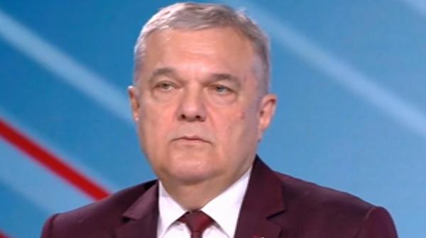 Румен Петков предупреди, че Борисов е нарушил закона, ако е с двойно гражданство