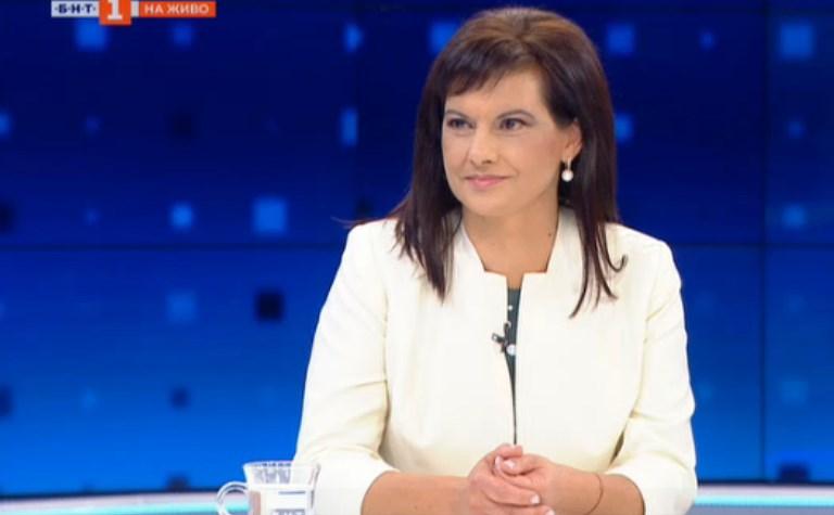 """Дариткова заяде президента за НСО: """"Радев да не прехвърля отговорността си за НСО на друг"""""""