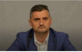 Кирил Добрев се вбеси: Държавата се тресе от скандали, чекмеджета с пари, а в БСП се режисират вътрешни проблеми