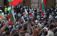 Как всички се обърнаха срещу диктатурата на премиера. Соросоиди, леви и десни са на площада.