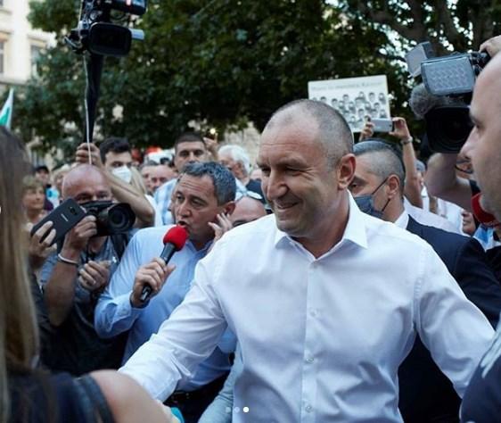 Президентът Радев направи извънредно изявление към народа