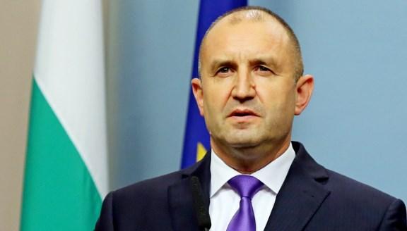 Подценяват президента Румен Радев. От него ще зависи кой ще управлява като гарант към промяна.