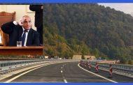 За да си тръгне Борисов от власт, трябва да му се подсигури коридор за бягство, като на диктаторите.