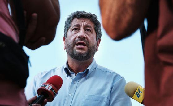 Христо Иванов и Атанас Атанасов не разбраха, че хората са се вдигнали срещу мутренското управление на Борисов.