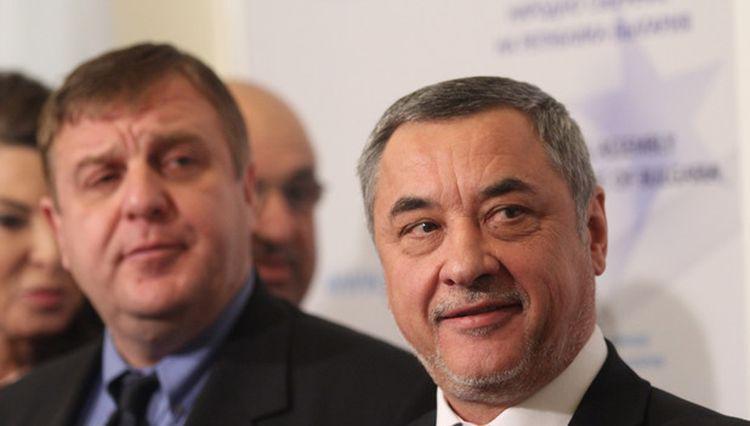 Каракачанов прехвърли отговорността за премахване на палатковите лагери на полицията!