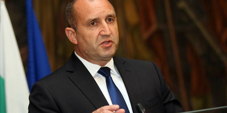 Румен Радев ще стане президент още на първи тур, без да му е нужна подкрепа от която и да било партия