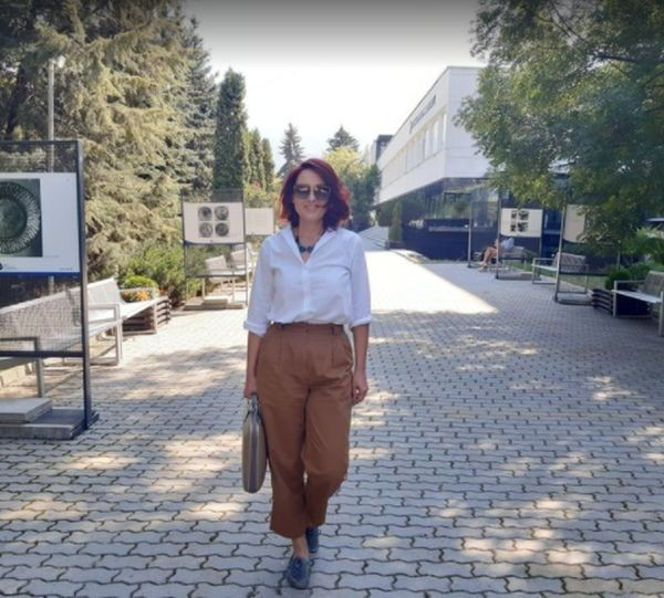 Ани Цолова е преподавател на първокурсници