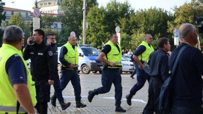 Първи решения на комисията за полицейско насилие по време на протестите и прилагане на СРС