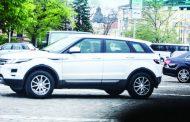 Лиляна Павлова с нов джип с цена над 147 000 и наем на апартамент за над 10 000 в Люксембург!