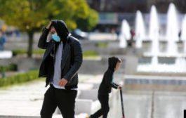 Специалист предупреждава да не носите постоянно маски, за да не се разболеете от това, от което се предпазвате!