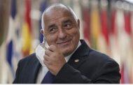 """Реакции на фейсбук във връзка с решението на премиера да затвори повторно държавата: """"Министър председателя ти да няма """"топки"""" и да се крие зад гърба на други е голям проблем!"""""""