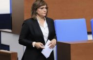 Корнелия Нинова си връща 50000 гласа, отнети от Мая Манолова. БСП се готви за първа политическа сила