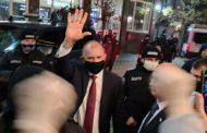 Президентът Румен Радев е единственият политик в България, който влезе в БНТ с възгласи на одобрение от народа си