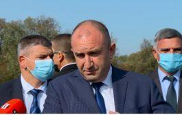 Недялко Недялков за президента Радев: Безхаберен бацил №1 в българската политика с вече 15 бона държавна заплата.