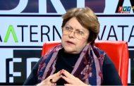Татяна Дончева: Има едни панаирджийски играчки, които като ги натиснете и клоунът започва да се върти. Данчо Цонев е така!