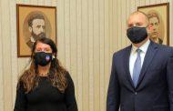 Американският посланик отиде на крак при президента Радев. Май се отива към служебен кабинет.
