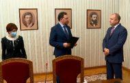 """Президентът Радев дава време на """"Има такъв народ"""""""