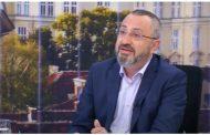 Кардамски: Имам подозрения, че речите на Борисов и Нинова се пишат от един и същи център