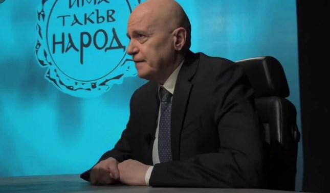 Слави се вбеси: Нашето правителство не е на Доган, на Ердоган е. Не – на Байдън. Не – на Макрон. Не – на илюминатите